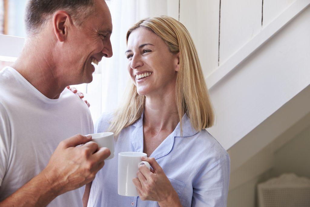 Diminuição do desejo sexual pode surgir até 10 anos antes da menopausa .